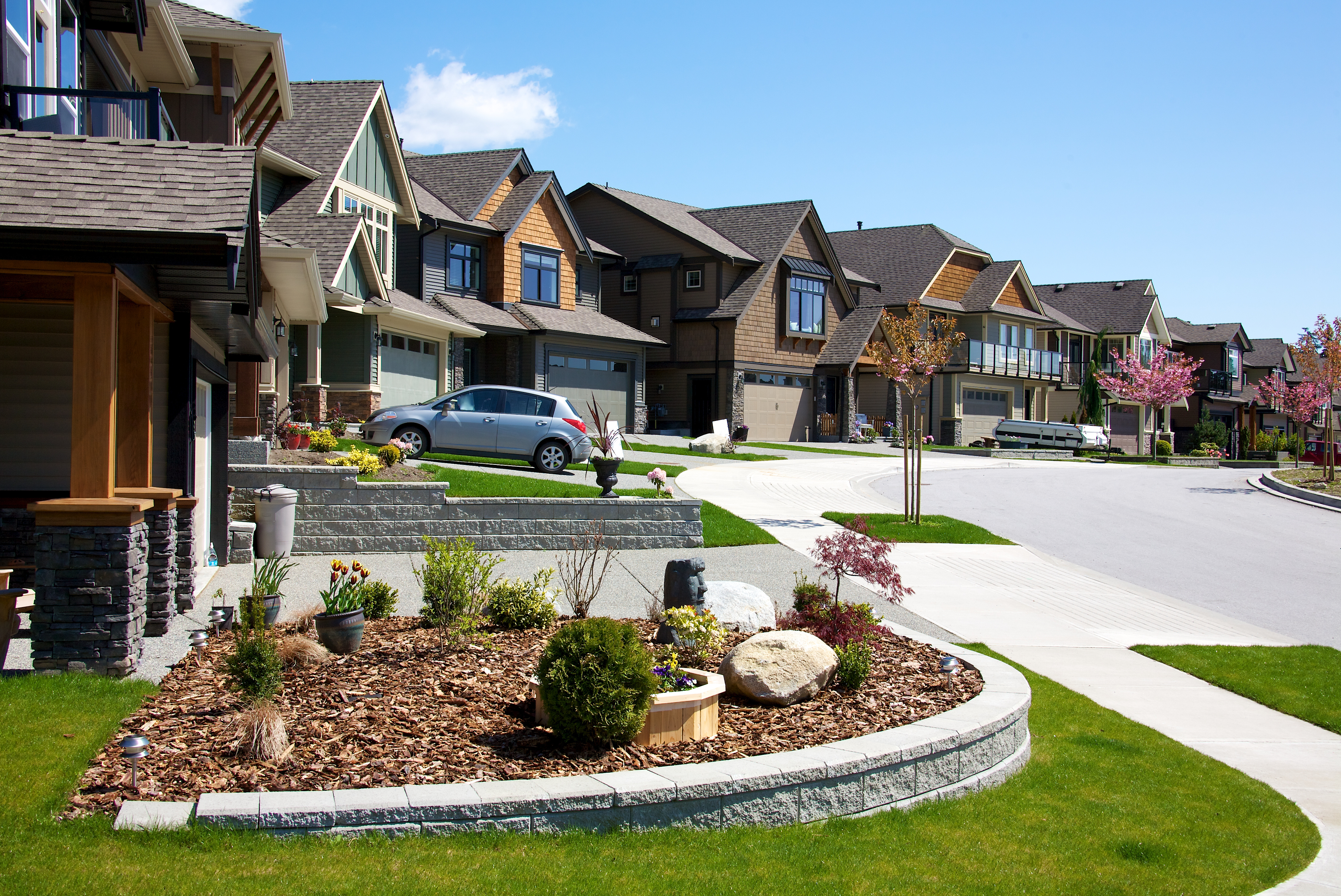 Elegent Homes in a Master Planned Community